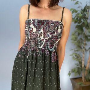 Vintage Boho Maxi Dress with Ruffle